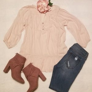 Tops - 《Clearance》Neutral Blouse